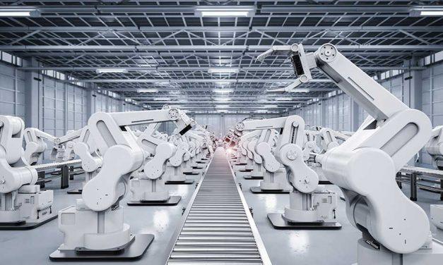 Fachkraft Industrieroboter – Industrieroboter halten Einzug